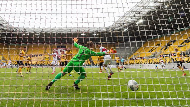 Динамо (Дрезден) - Щутгарт 0:2