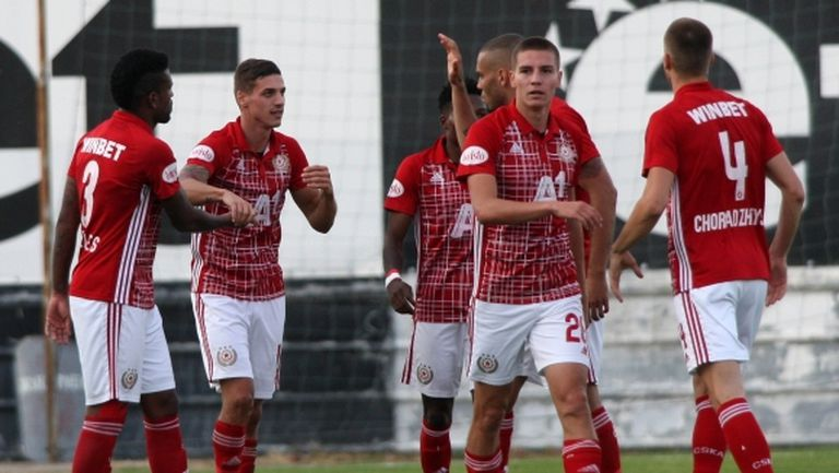Брилянтен гол на Десподов измъкна ЦСКА-София в Пловдив (видео+галерия)
