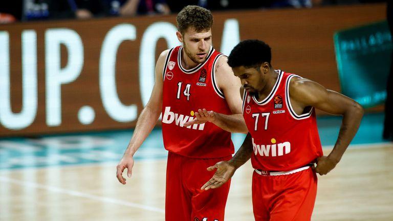 40 минути делят Везенков и Олимпиакос от края на сезона на разбитите мечти🏀