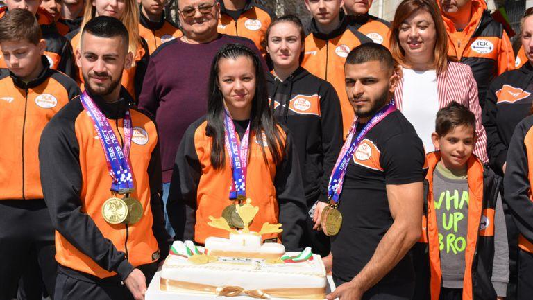 Русе посрещна тримата шампиони от Европейското по щанги