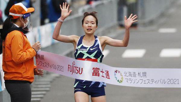 Ичияма и Кипкоеч спечелиха олимпийското тестово състезание в Сапоро