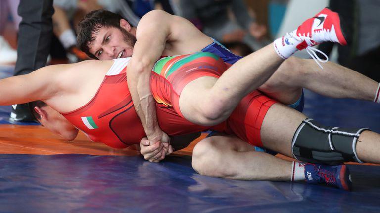 Националите по борба свободен стил излъчиха един полуфиналист на олимпийските квалификации в София