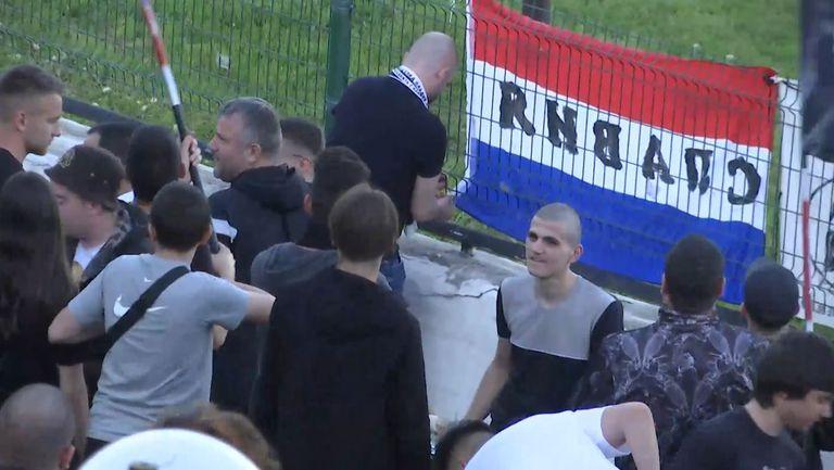 Славистите подкрепят любимия си отбор в борбата за оцеляване