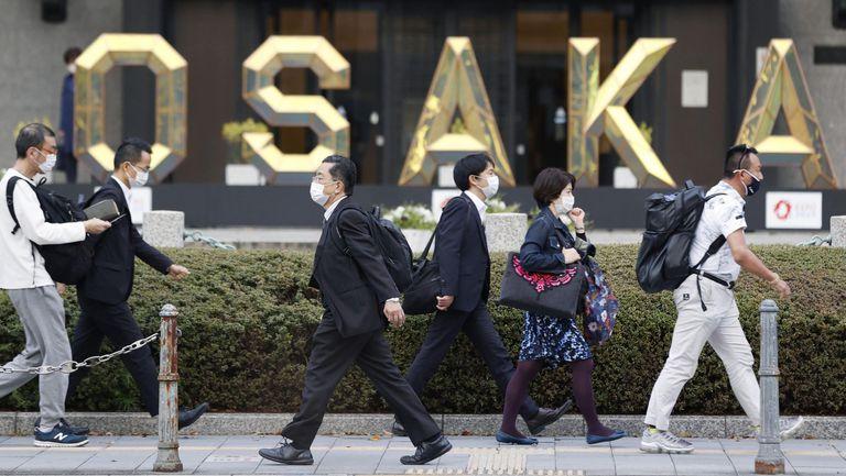 Осака окончателно зачеркна щафетата с олимпийския огън