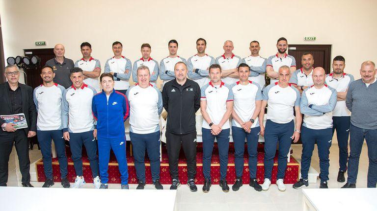 Петко Петков и Александър Димитров изнасят лекции в Дряново на бъдещите треньори в efbet Лига