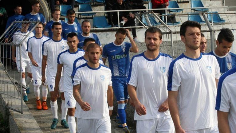 Спартак (Плевен) започна подготовка с 18 футболисти