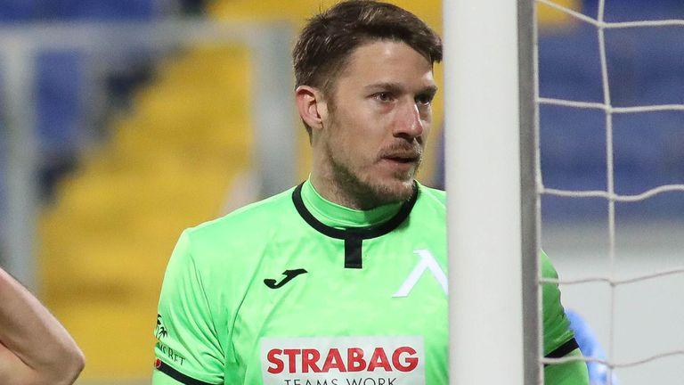 Микулич: Мачът можеше да отиде в едната и в другата посока