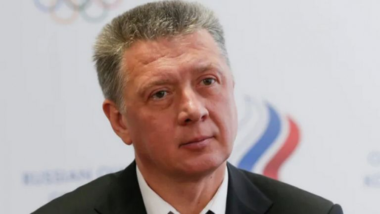 Петима бивши служители на Руската федерация по лека атлетика бяха отстранени от спорта