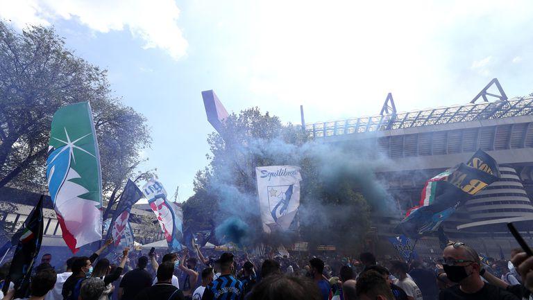Интер - Сампдория, феновете посрещат новия шампион