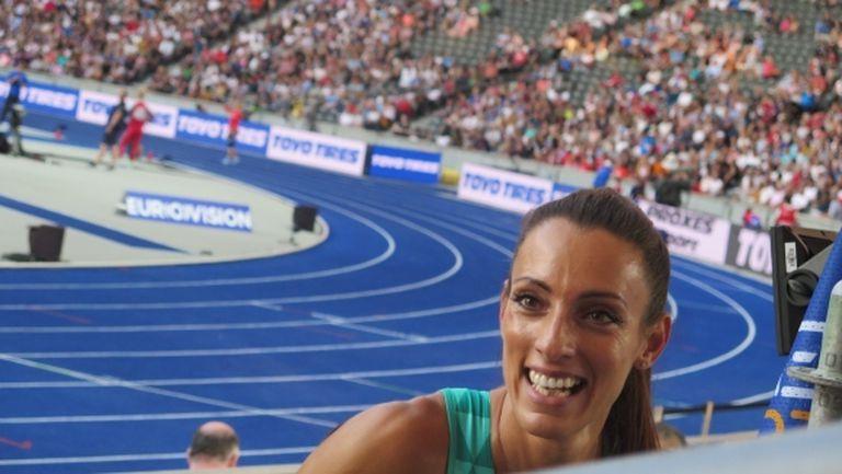 Блестяща Ивет Лалова се класира за финала на 200 метра (видео)