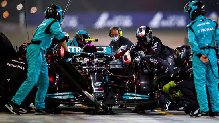 От ФИА разглобили на части болида на Валтери Ботас след Гран При на Бахрейн