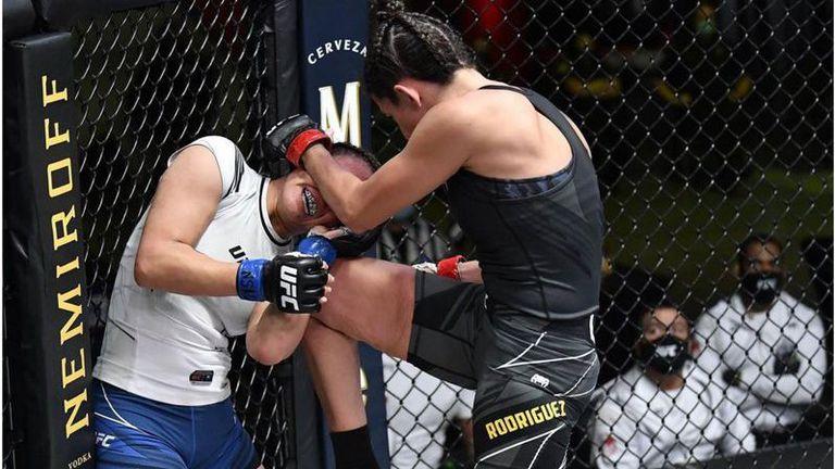 Марина Родригес надигра Мишел Уотърсън след 5 рунда