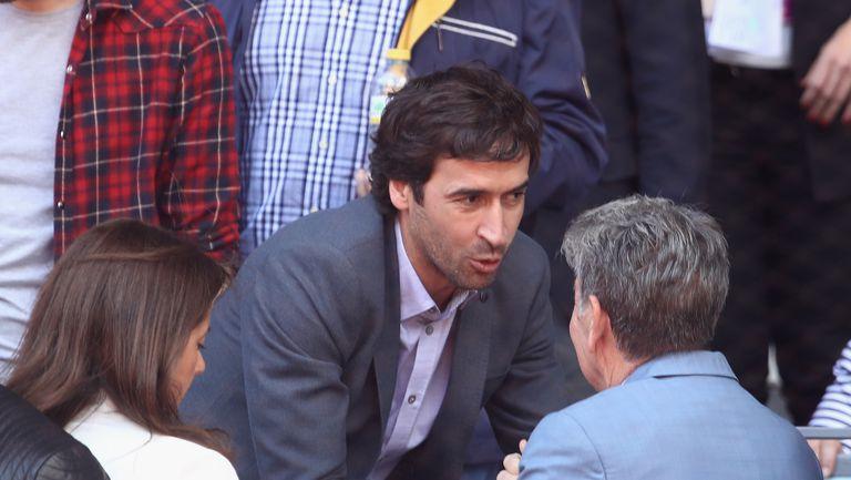 """Раул даде нова заявка да наследи Зидан на """"Бернабеу"""""""