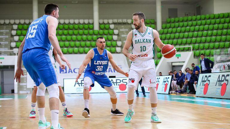 Балкан премина през всичко най-лошо, но се пребори да остане в серията с Левски Лукойл