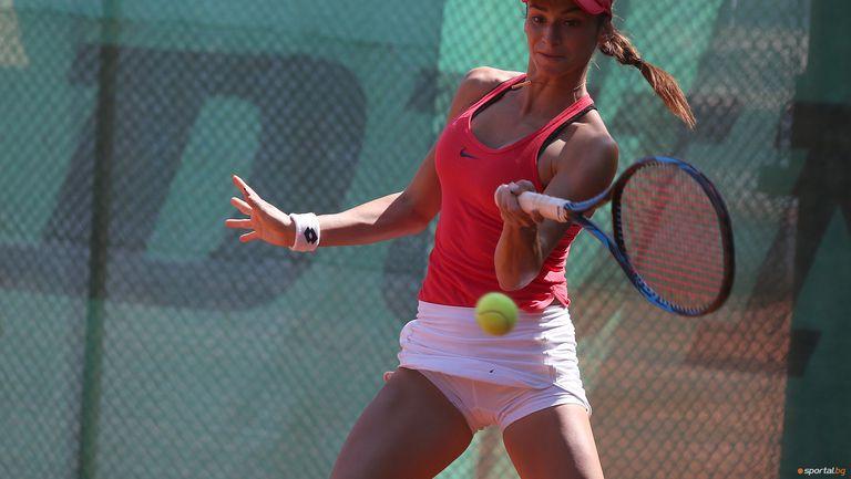 Вангелова отпадна в първия кръг на турнира по тенис в Аржентина