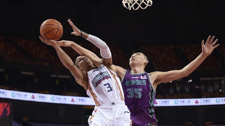 Бивша звезда в НБА вкара 74 точки в Китай