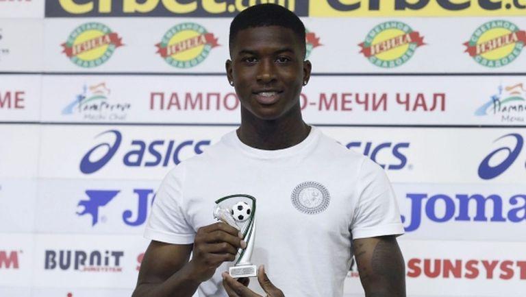 """Голямата """"синя"""" звезда: На 99% ще играя само за Левски в България, до седмици всичко ще се оправи"""