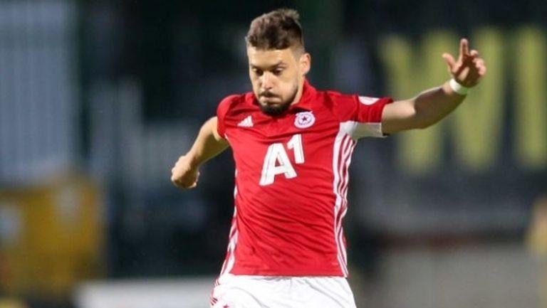 Клубове от Бундеслигата и Турция наддават с Рейнджърс за Малинов