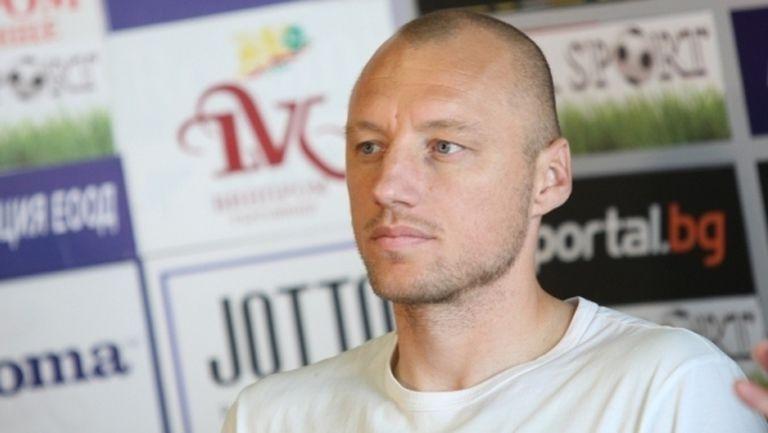 Иван Иванов се насочва към треньорския занаят