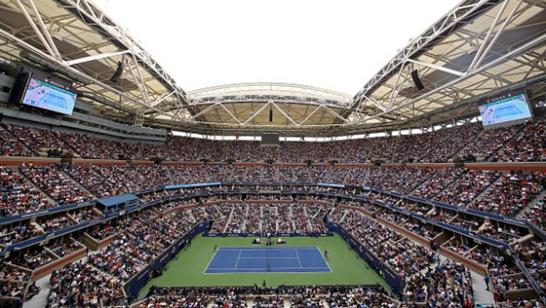 На територията на US Open вече подготвят кортовете за турнира (снимка)