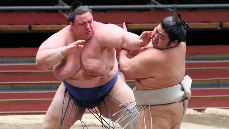 Аоияма спечели втора поредна победа в Токио