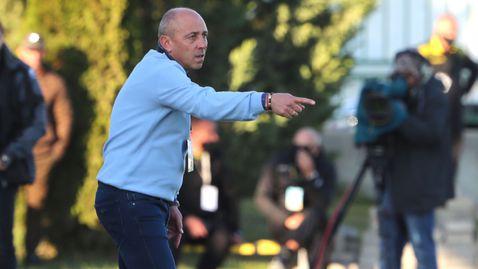 Илиан Илиев пуска двама в атака срещу Левски