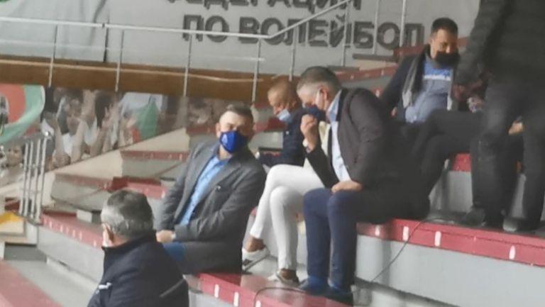 Христо Крушарски гледа ключовия бараж на Локо ПД с Левски за влизане в първата осмица на волейболната лига