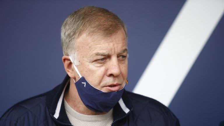 Сираков: До петък отборът е в почивка, после ще видим кой е оживял