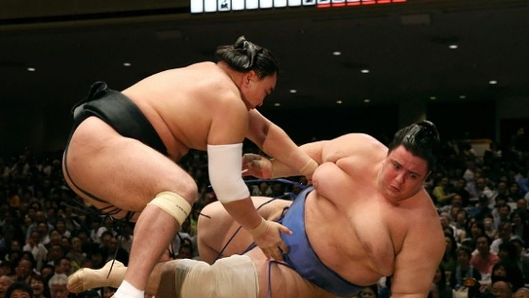 Аоияма отново загуби от боец, който не бе печелил до момента