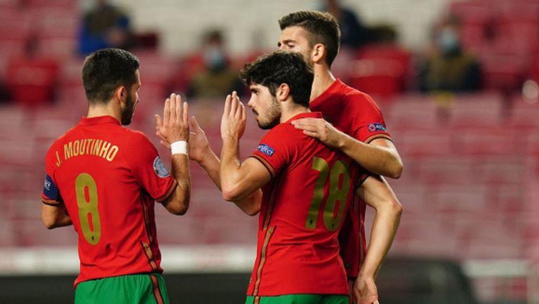 Португалия очаквано записа разгром, Кристиано направи още една стъпка към големия рекорд