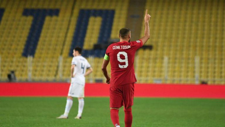 Червен картон даде предимство на Турция срещу Русия (видео)