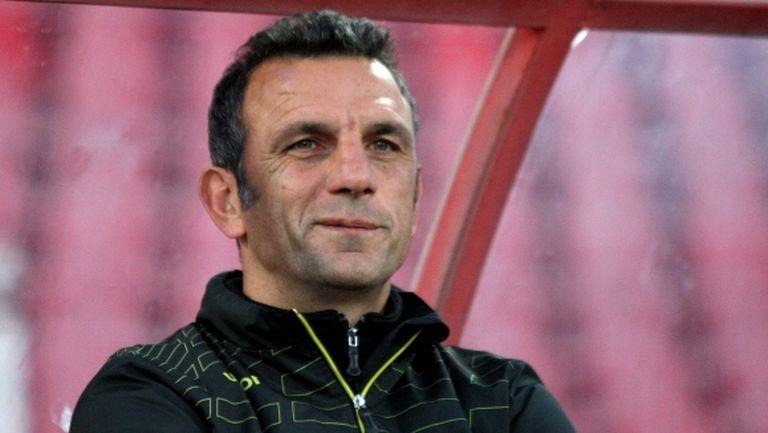 Петър Пенчев настоява за защитник