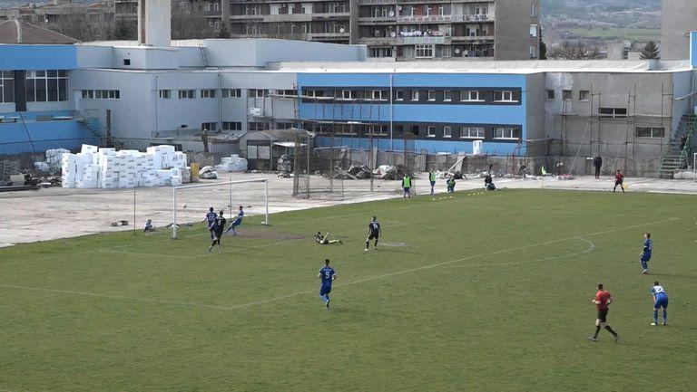 Ангелов изведе Балкан Ботевград  напред в резултата