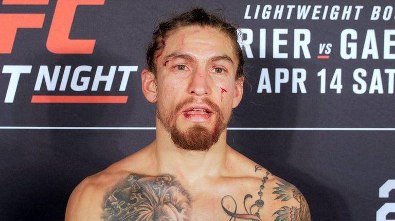 Продължава чистката в UFC
