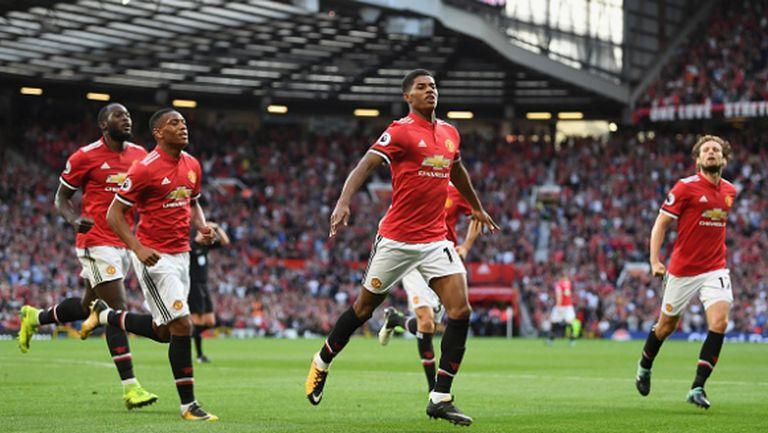 Манчестър Юнайтед позагуби малко от головата си инерция, но пак победи (видео)