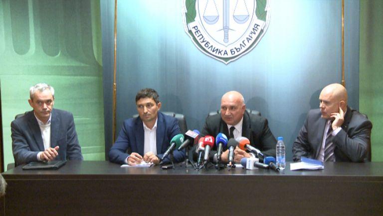 Специализираната прокуратура: Футболни фенове са в основата на заловената престъпна група