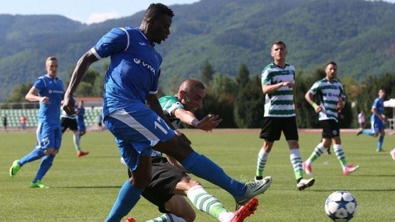 Делио Роси върна Бабатунде в първия отбор на Левски