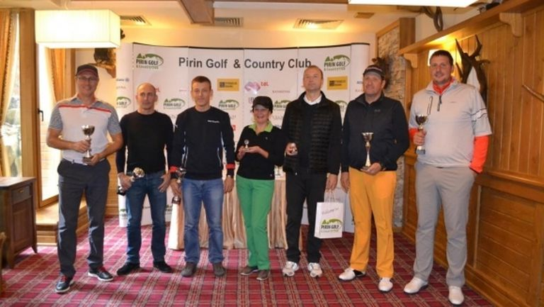 Отборът на Ангел Василев и Стефан Гюрджеклиев стана победител в третия голф турнир от поредицата Pro Shop Golf Cup