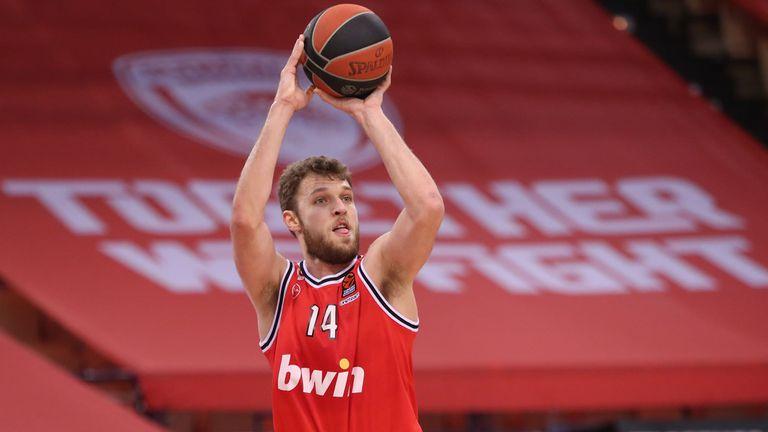 Огромно признание: Везенков е MVP на годината за Олимпиакос!🏀