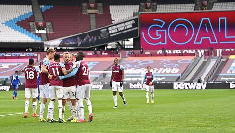 Уест Хам - Лестър 3:2, Лингард с 2 гола за победителите