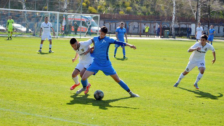 Левски U19 и Славия U19 не успяха да се победят и завършиха наравно