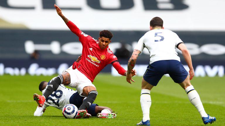 Тотнъм 1:0 Ман Юнайтед, отменен гол на гостите (гледайте на живо)