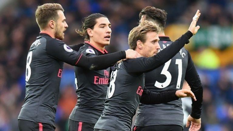 Арсенал подари на Венгер първа победа като гост през този сезон (видео)