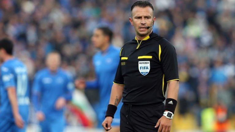 Ивайло Стоянов с наряд за дербито на Югозападната Tрета лига