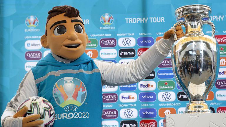 Вижте прогнозите на 🟠 Sportal.bg за Евро 2020
