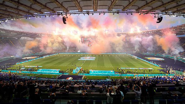 Андреа Бочели и U2 откриха Европейското първенство по футбол