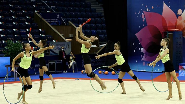 Силна подиум тренировка за ансамбъла на България за жени преди Европейското първенство във Варна