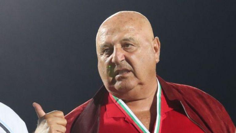 Венци Стефанов: Не можем да плащаме на Чочев по 20-30 хиляди
