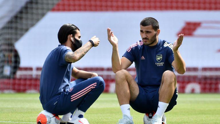 Арсенал пред раздяла със защитник - вече преговаря с Шалке 04