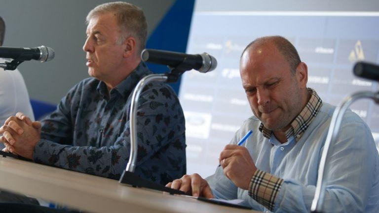 Тити прекратява медийните си изяви за Левски, обяви причините